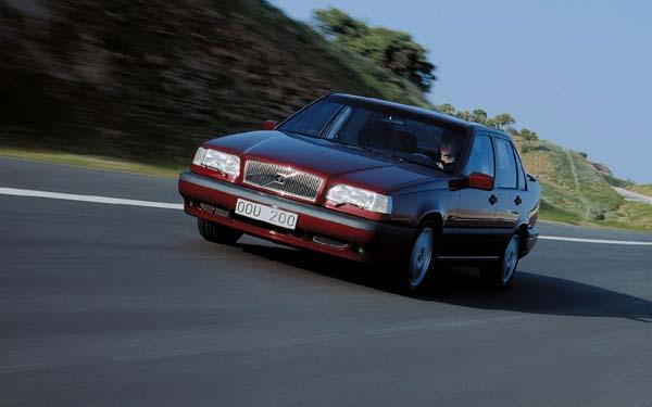 Фото Volvo 850