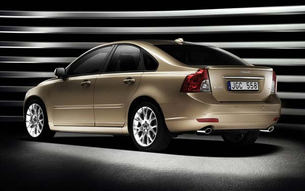 Volvo S40 2007-2012
