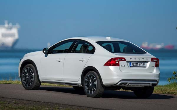 Volvo S60 Cross Country (2015-2018) Фото #92