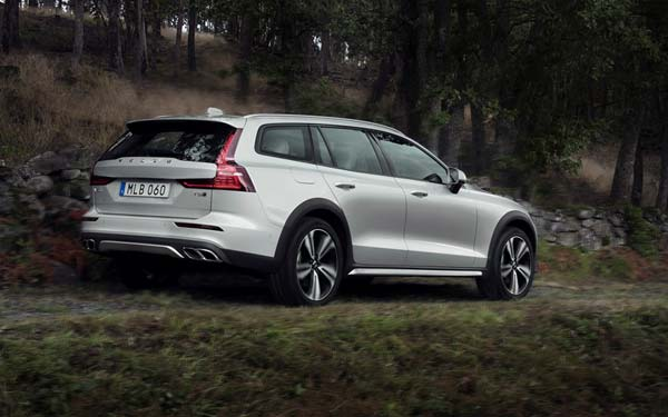 Volvo V60 Cross Country (2018...) Фото #122