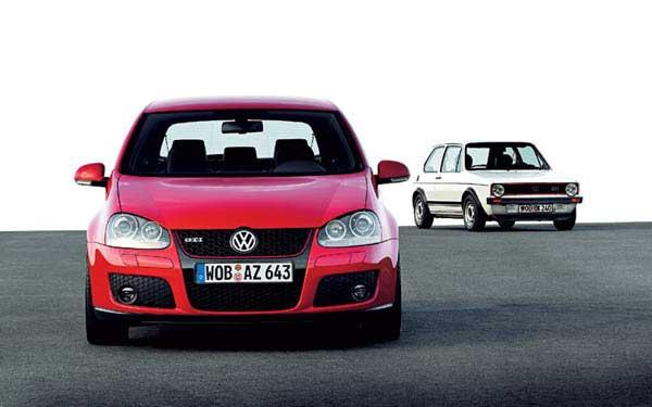 Фото Volkswagen Golf GTI  (2004-2008)