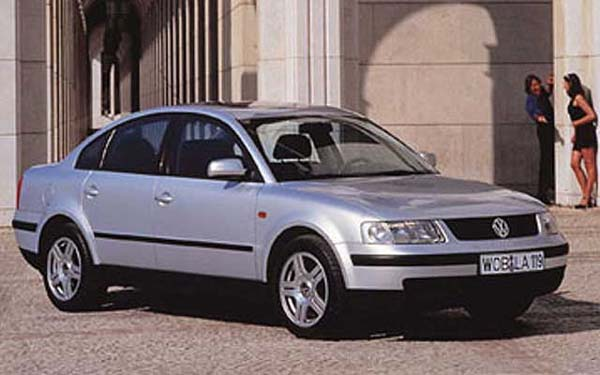 Фото Volkswagen Passat  (1996-2000)