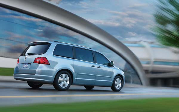 Volkswagen Routan 2008-2013