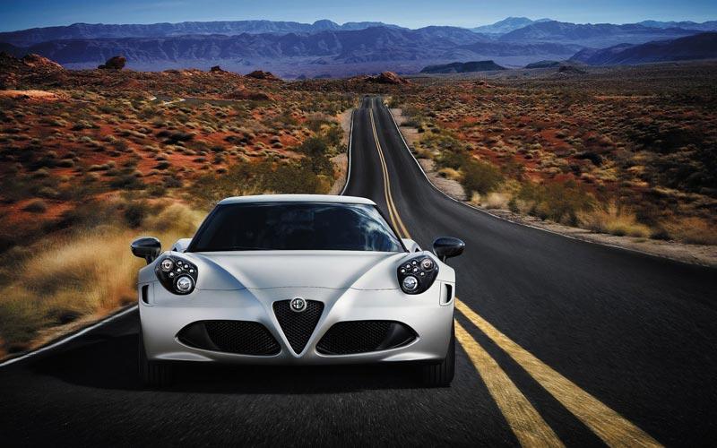 Фото Alfa Romeo 4C