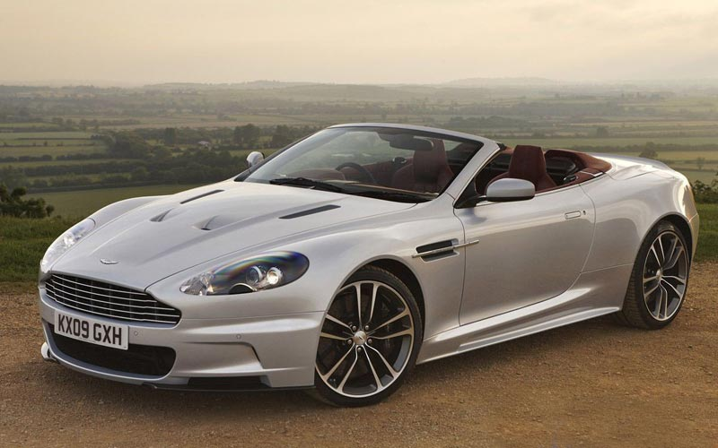 Фото Aston Martin DBS Volante