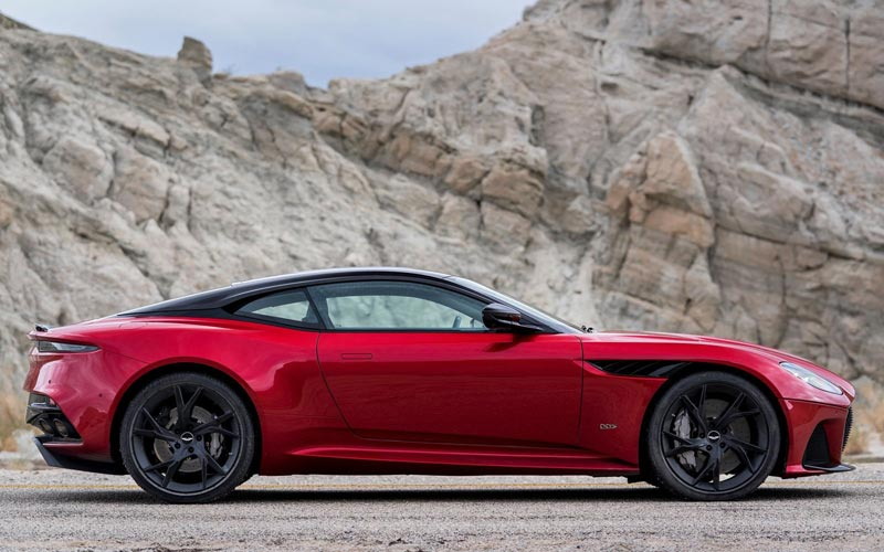 Фото Aston Martin DBS Superleggera