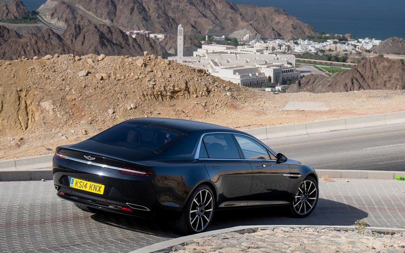 Фото Aston Martin Lagonda