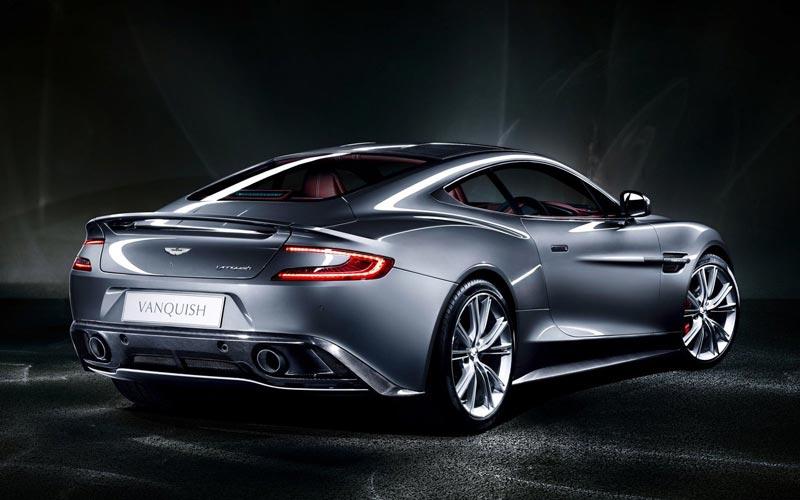 Фото Aston Martin V12 Vanquish
