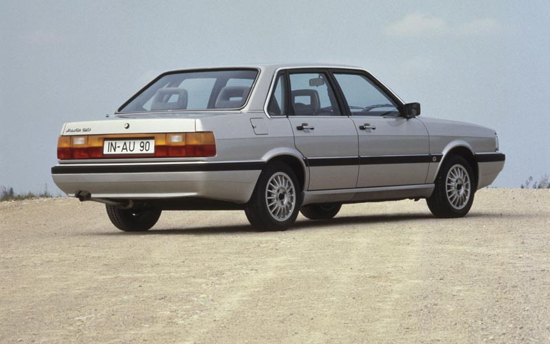 Фото Audi 90