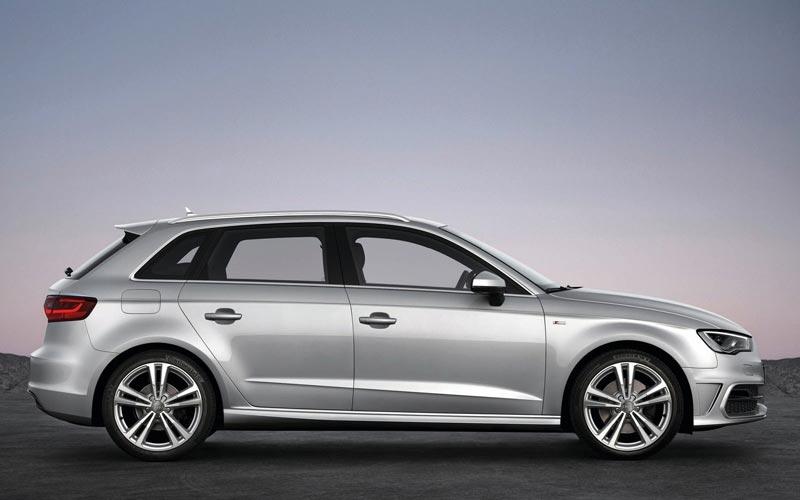 Фото Audi A3 Sportback  (2012-2016)