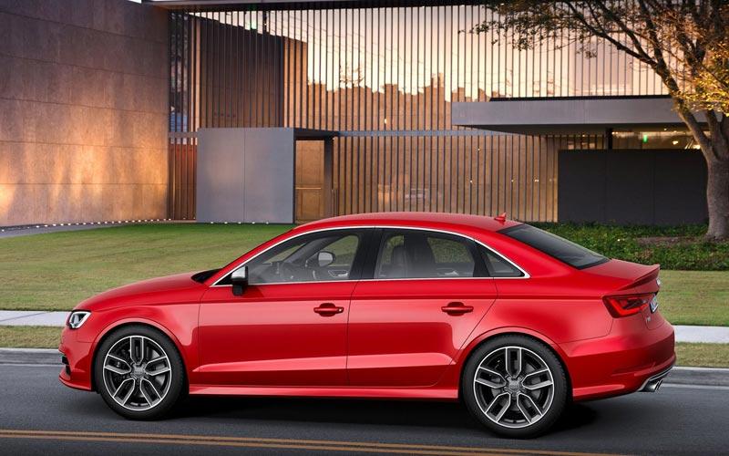 Фото Audi S3 Sedan  (2013-2016)
