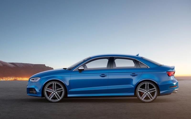 Фото Audi S3 Sedan