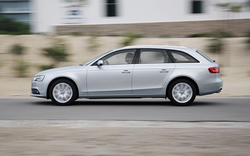 Фото Audi A4 Avant  (2012-2015)