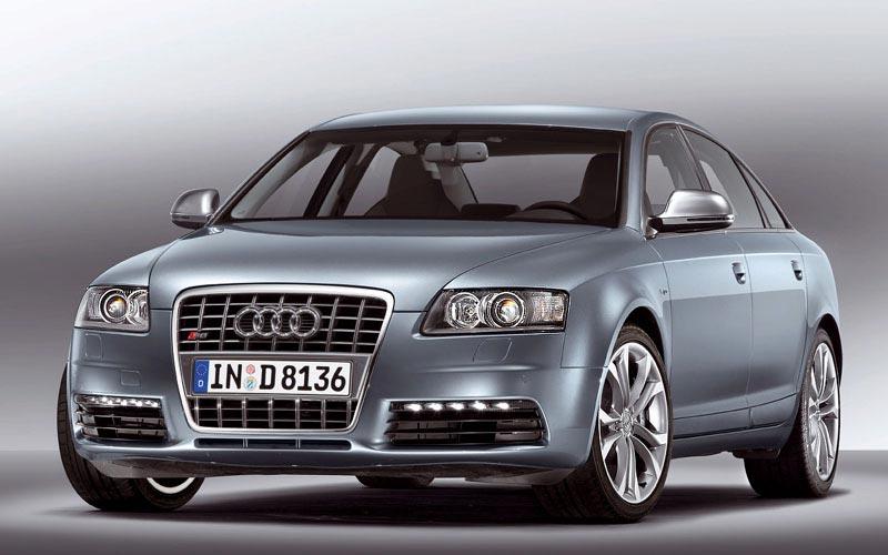 Фото Audi S6  (2008-2010)