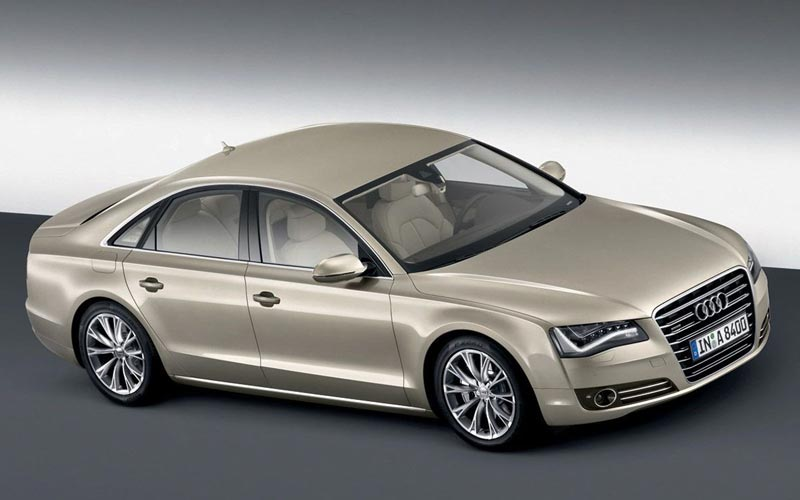 Фото Audi A8  (2010-2013)