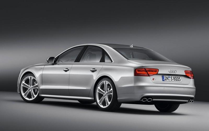Фото Audi S8  (2012-2013)