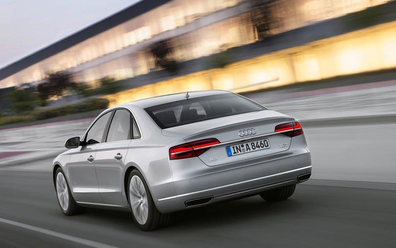 Фото Audi A8  (2013-2017)