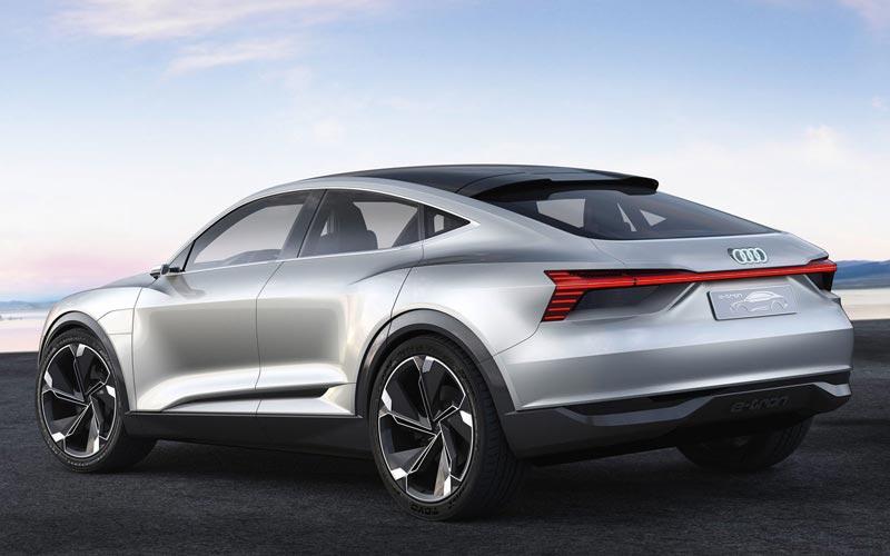 Фото Audi E-tron Sportback Concept