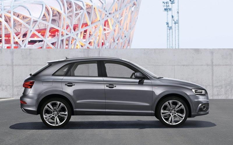 Фото Audi Q3  (2011-2014)