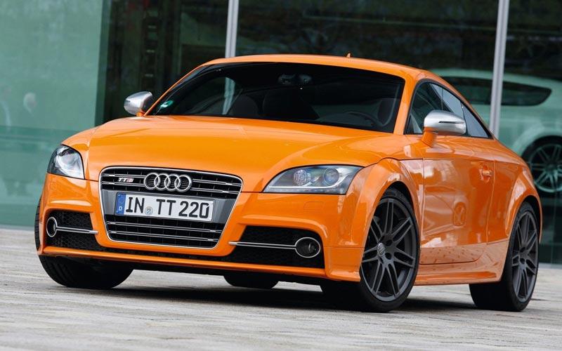 Фото Audi TTS  (2010-2014)