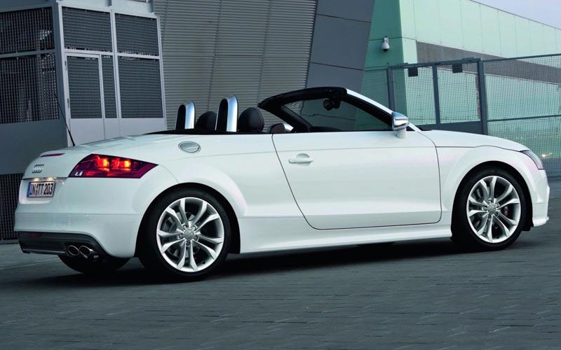 Фото Audi TTS Roadster  (2010-2014)