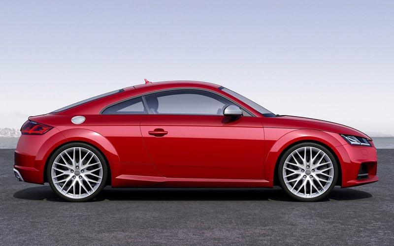 Фото Audi TTS