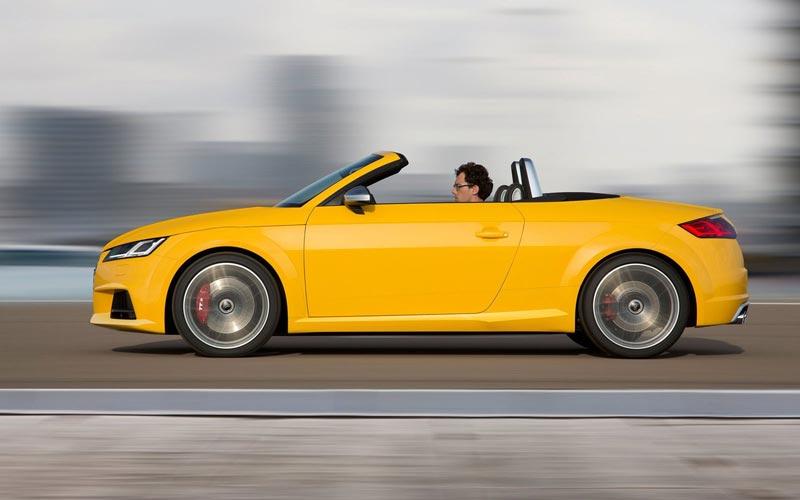 Фото Audi TTS Roadster