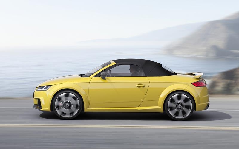 Фото Audi TT RS Roadster