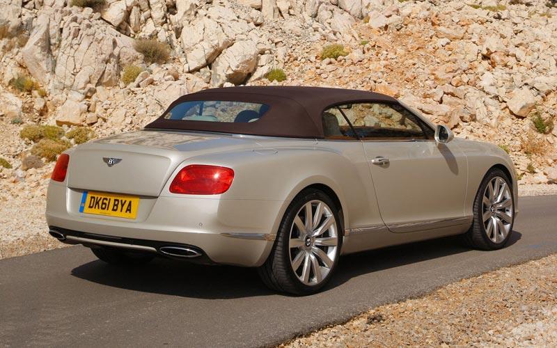 Фото Bentley Continental GTC  (2011-2015)