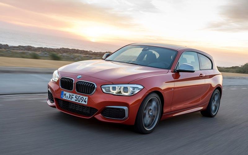 Фото BMW M135i