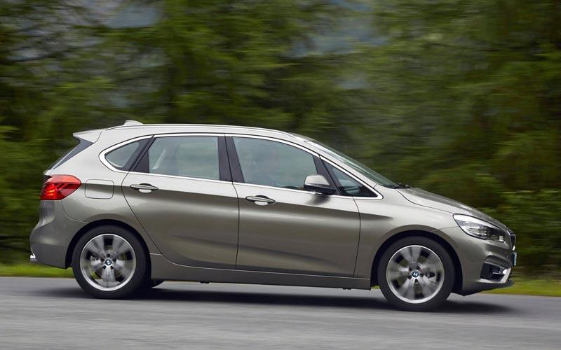 Фото BMW 2-series Active Tourer  (2014-2018)