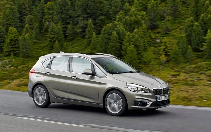 Фото BMW 2-series Active Tourer