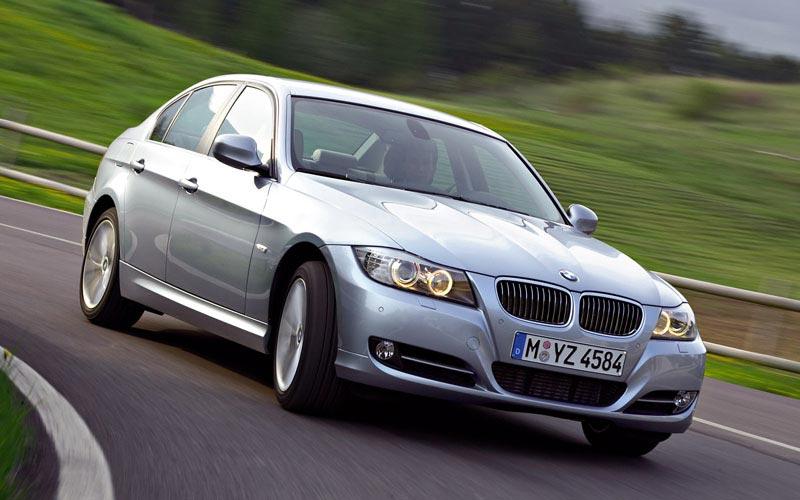 Фото BMW 3-series  (2008-2011)