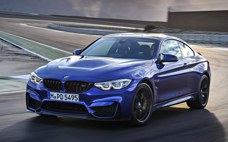 Фото BMW M4 CS