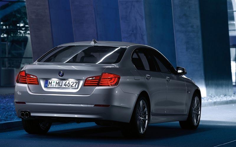 Фото BMW 5-series  (2010-2013)