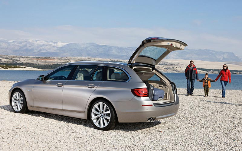 Фото BMW 5-series Touring  (2010-2013)