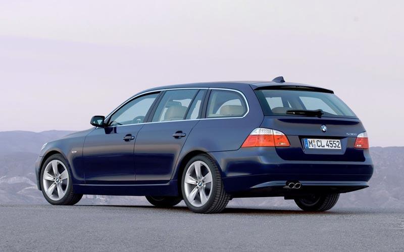 Фото BMW 5-series Touring  (2007-2010)