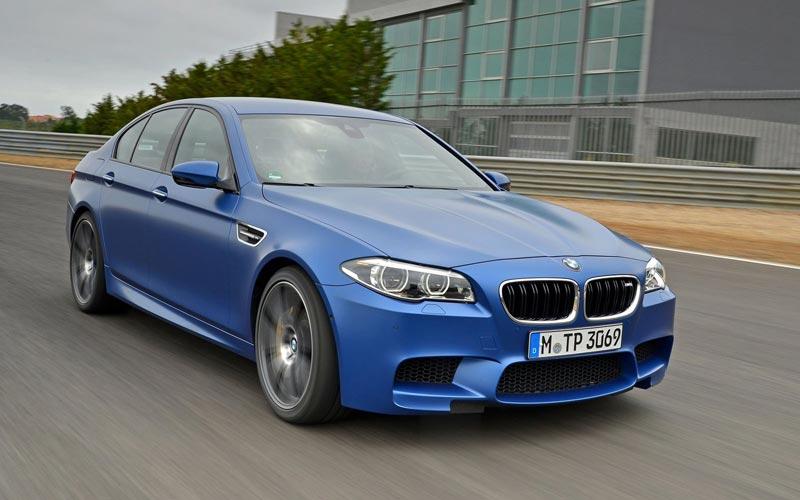 Фото BMW M5