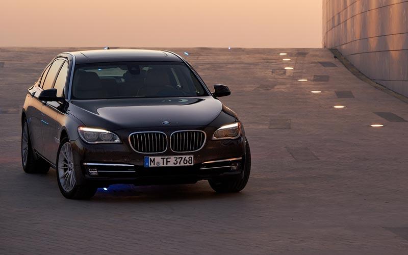 Фото BMW 7-series L  (2012-2015)