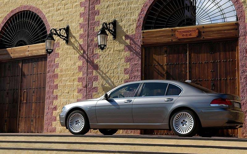 Фото BMW 7-series L  (2005-2008)