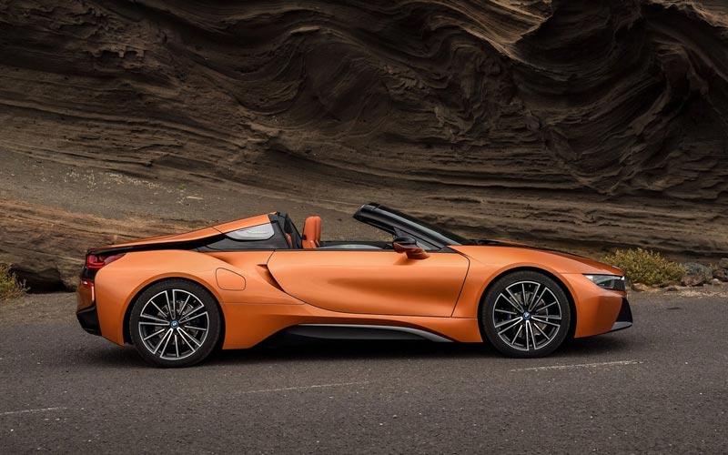 Фото BMW i8 Roadster