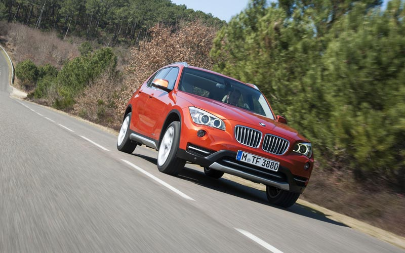 Фото BMW X1  (2012-2015)