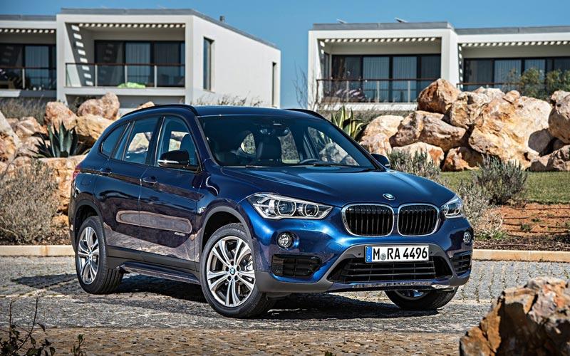 Фото BMW X1