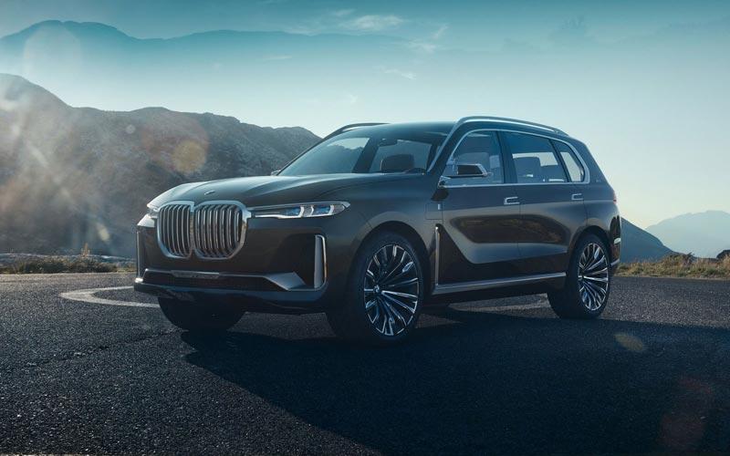 Фото BMW X7