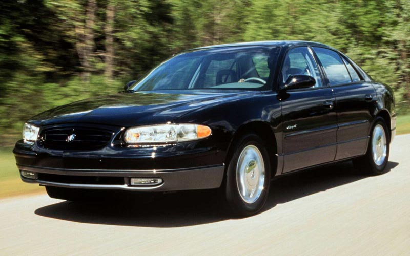 Фото Buick Regal  (1997-2004)