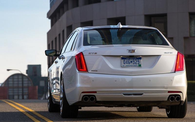 Фото Cadillac CT6