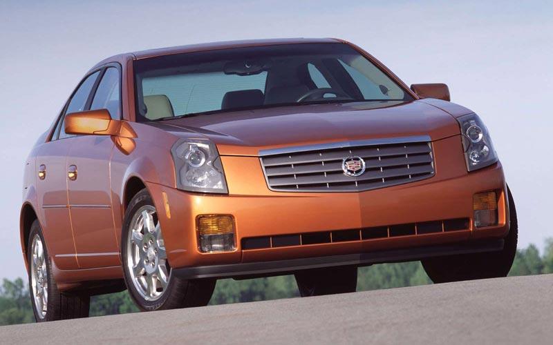 Фото Cadillac CTS  (2003-2007)