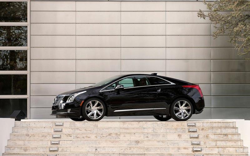 Фото Cadillac ELR