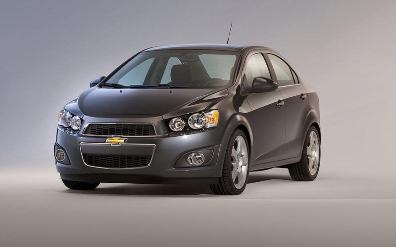 Фото Chevrolet Aveo Sedan