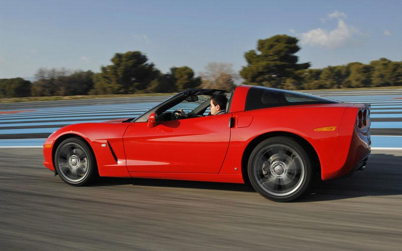 Фото Chevrolet Corvette  (2007-2013)